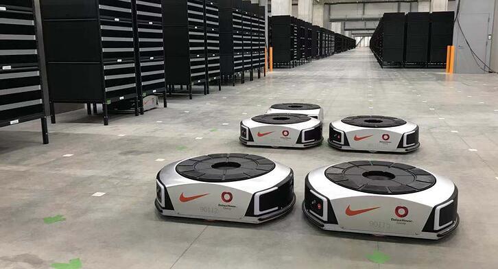 Geek+ Nike robots